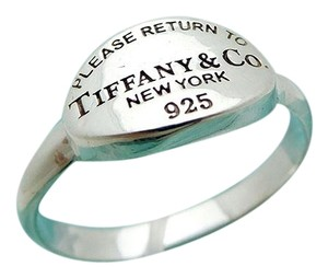 Tiffany & Co. Please Return To Tiffany & Co Oval Ring