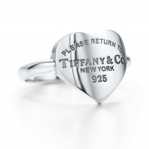 Tiffany & Co. Retired Heart tag ring
