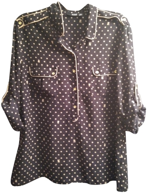 Preload https://img-static.tradesy.com/item/24567290/black-and-gold-business-casual-blouse-size-16-xl-plus-0x-0-1-650-650.jpg