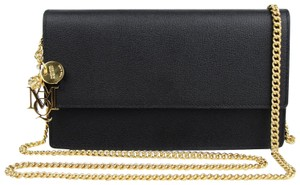 Alexander McQueen Leather Chain Pouch W/Skull Charm Cross Body Bag