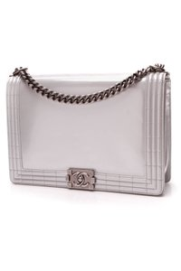 9d6101a877d4 Silver Chanel Bags - Up to 90% off at Tradesy