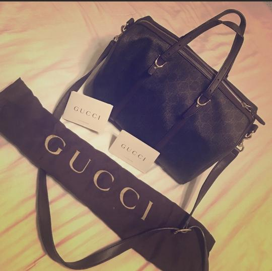 Gucci Supreme Boston Handbag Satchel in brown