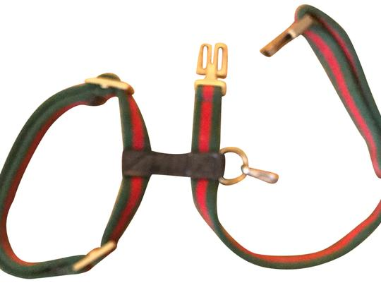 Preload https://img-static.tradesy.com/item/24569058/gucci-green-and-red-harness-leash-0-1-540-540.jpg