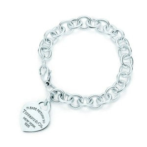 Tiffany & Co. Return to Tiffany classic heart tag bracelet