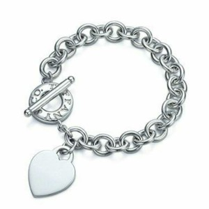 Tiffany & Co. Plain heart tag toggle bracelet