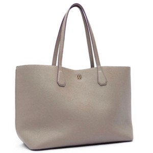 Tory Burch Tote in grey