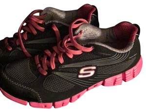 Skechers Black and Pinks Athletic
