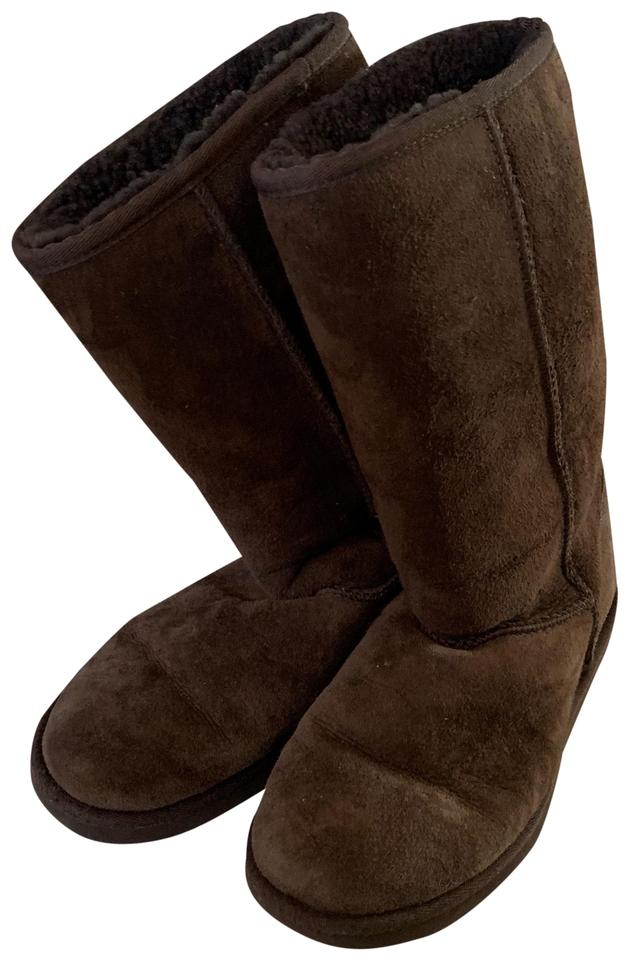 c524771b480 UGG Australia Brown Chocolate Classic Tall Boots/Booties Size US 6 Regular  (M, B) 74% off retail