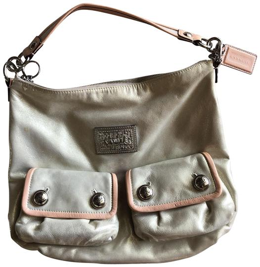 Preload https://img-static.tradesy.com/item/24571424/coach-poppy-pearly-beige-external-silver-buttons-purple-interior-shoulder-bag-0-1-540-540.jpg
