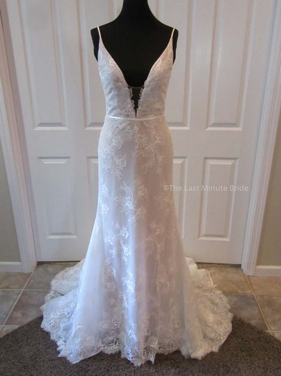 Hayley Paige Ivory/Nude/Cashmere Lace Frida Feminine Wedding Dress Size 4 (S) Image 2