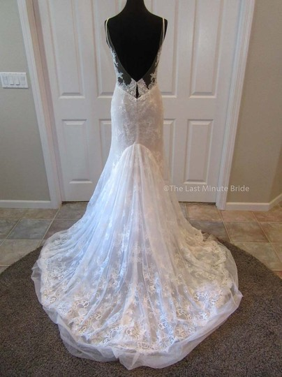 Hayley Paige Ivory/Nude/Cashmere Lace Frida Feminine Wedding Dress Size 4 (S) Image 4