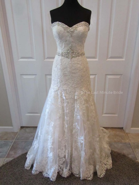 Item - Sand/Ivory Lace 9771 Feminine Wedding Dress Size 10 (M)