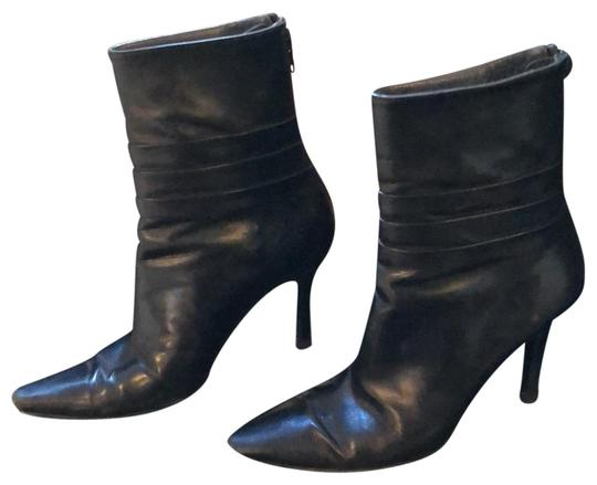 Preload https://img-static.tradesy.com/item/24571586/stuart-weitzman-black-35582-bootsbooties-size-us-6-regular-m-b-0-1-540-540.jpg