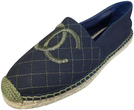 Preload https://img-static.tradesy.com/item/24571620/chanel-navy-blue-and-green-canvas-fabric-espadrilles-quilted-cc-new-sold-out-flats-size-eu-39-approx-0-1-540-540.jpg