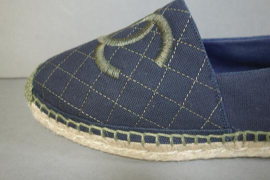 Chanel Navy Blue & Green Flats Image 2