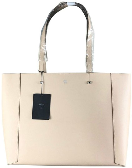 Preload https://img-static.tradesy.com/item/24571800/mcm-new-shopper-beige-coated-canvas-tote-0-0-540-540.jpg