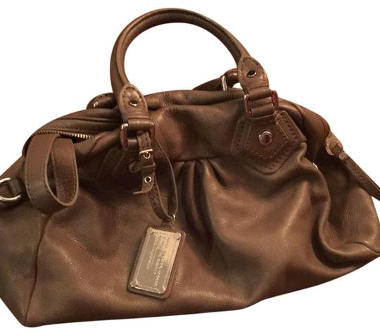 Preload https://img-static.tradesy.com/item/24571934/marc-by-marc-jacobs-taupe-leather-satchel-0-1-540-540.jpg