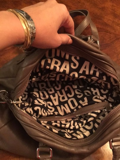 Marc by Marc Jacobs Satchel in taupe Image 4