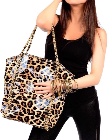 Preload https://img-static.tradesy.com/item/24573025/leopard-and-gold-chain-high-gloss-tote-0-2-540-540.jpg
