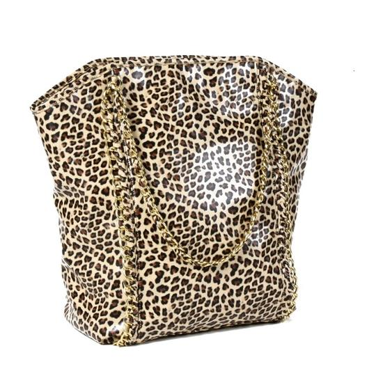 Preload https://img-static.tradesy.com/item/24573033/cheetah-and-gold-chain-high-gloss-tote-0-0-540-540.jpg