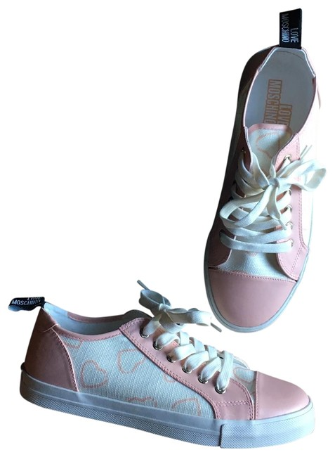 Item - Pink Heart Low Sneakers Size EU 40 (Approx. US 10) Regular (M, B)