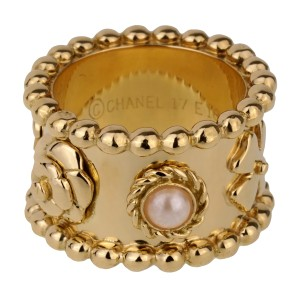 Chanel Chanel Lucky Pearl Gold Band Ring In-Stock