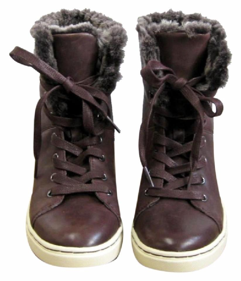 0a740bfd21a UGG Australia Runs_small Shearling High Top Sneakers Sneakers Size US 7.5  Regular (M, B) 59% off retail