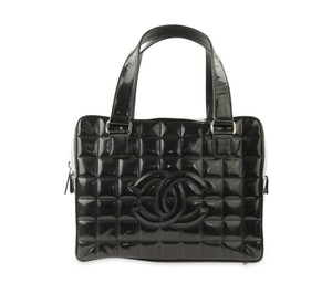Chanel Patent Leather Quilted Chocolate Bar Satchel in Black