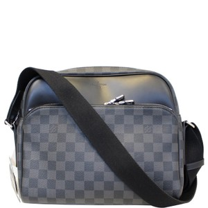 a3da6e0946b7 Louis Vuitton Damier Graphite Bags - Up to 70% off at Tradesy (Page 2)