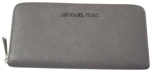 Michael Kors Saffiano Leather Continental