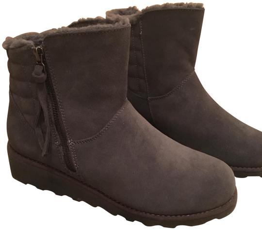 Preload https://img-static.tradesy.com/item/24579569/bearpaw-charcoal-suede-bootsbooties-size-us-8-regular-m-b-0-7-540-540.jpg