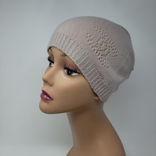 Chanel Beige cashmere Chanel interlocking CC knit beanie Image 1