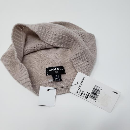 Chanel Beige cashmere Chanel interlocking CC knit beanie Image 11