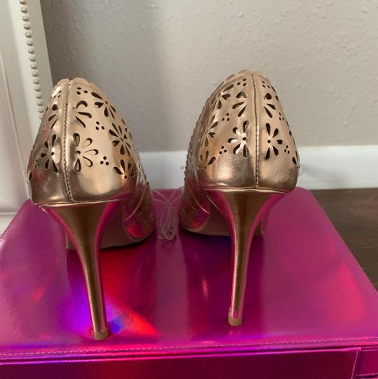 LC Lauren Conrad rose gold Pumps Image 2