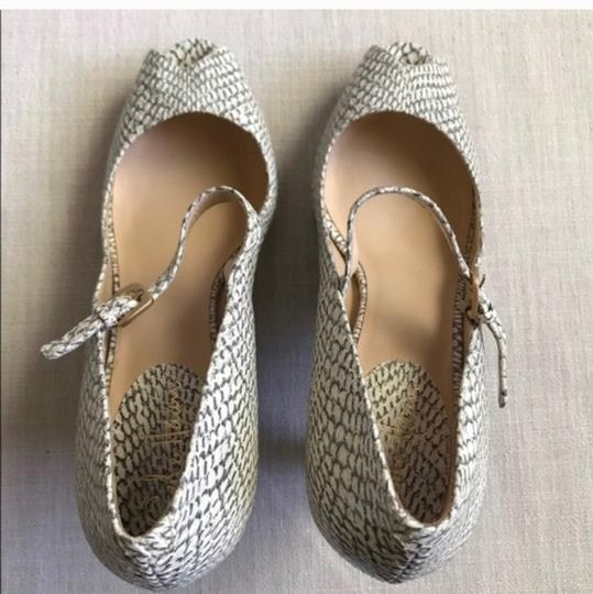 Cole Haan grey white off white Pumps Image 6