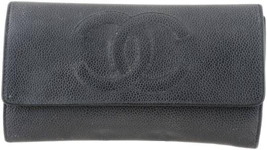 Preload https://img-static.tradesy.com/item/24580036/chanel-black-cc-caviar-leather-envelope-flap-wallet-0-1-540-540.jpg