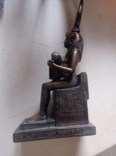 Other Egyptian staute Image 2