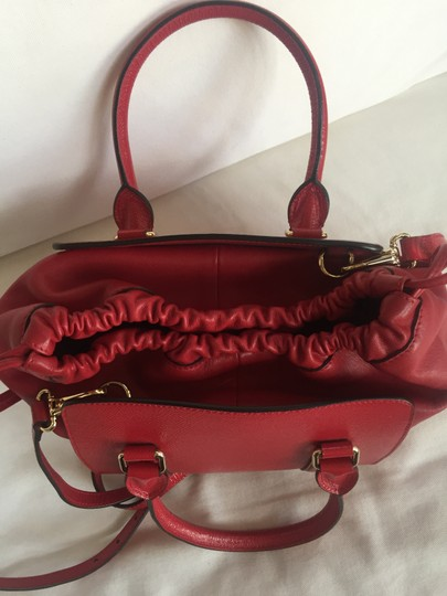 Burberry Tote in Deep Red Image 6