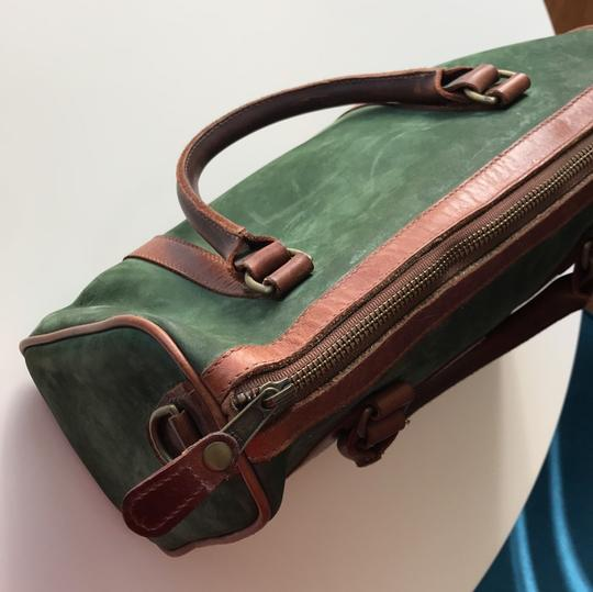 Timberland Satchel in brown and deep green Image 7