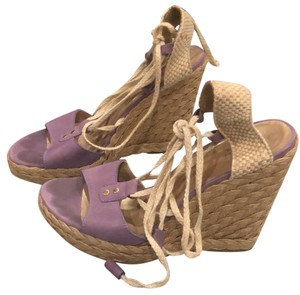 Stuart Weitzman purple Wedges