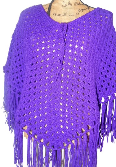 Preload https://img-static.tradesy.com/item/24580576/purple-new-elegant-poncho-cape-soft-crochet-size-s-0-1-540-540.jpg