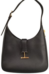 0a1b91d5e7 Black Tom Ford Shoulder Bags - Up to 90% off at Tradesy