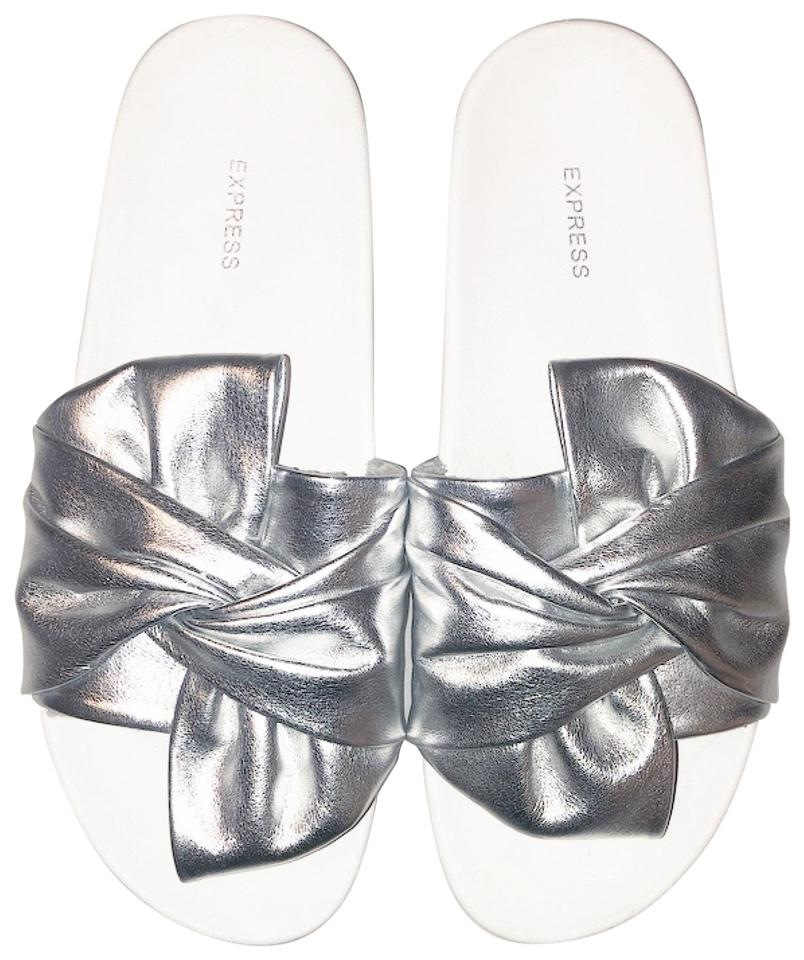89a01e117 Express Silver White Twist Bow Sandals Size US 8 Regular (M