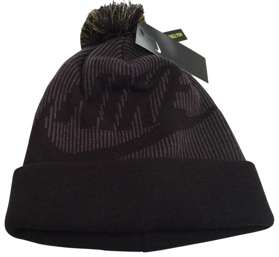 a70bf820cae Nike Black Gray Knit Hat Beanie Winter Ski Cap One Women Removable  Poncho Cape