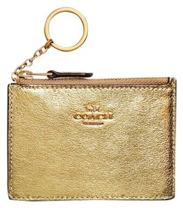 Coach Wallets On Sale Up To 70 Off At Tradesy