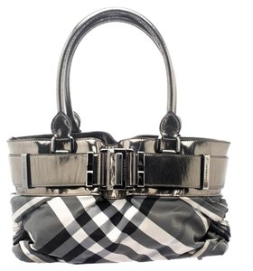 Burberry Knotted Healy Shoulder Bag