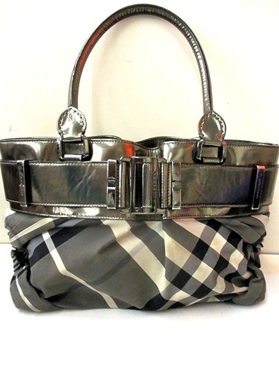 Burberry Knotted Healy Shoulder Bag Image 2