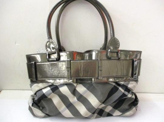 Burberry Knotted Healy Shoulder Bag Image 3