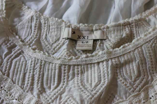Forever 21 Top Cream Image 1