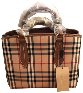 8d598c02f6c2 Burberry Ballingdon Horseferry Leather Tote in Honey   Tan